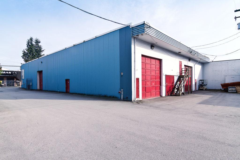 storage north vancouver, north shore mini storage, building, doors, contact us
