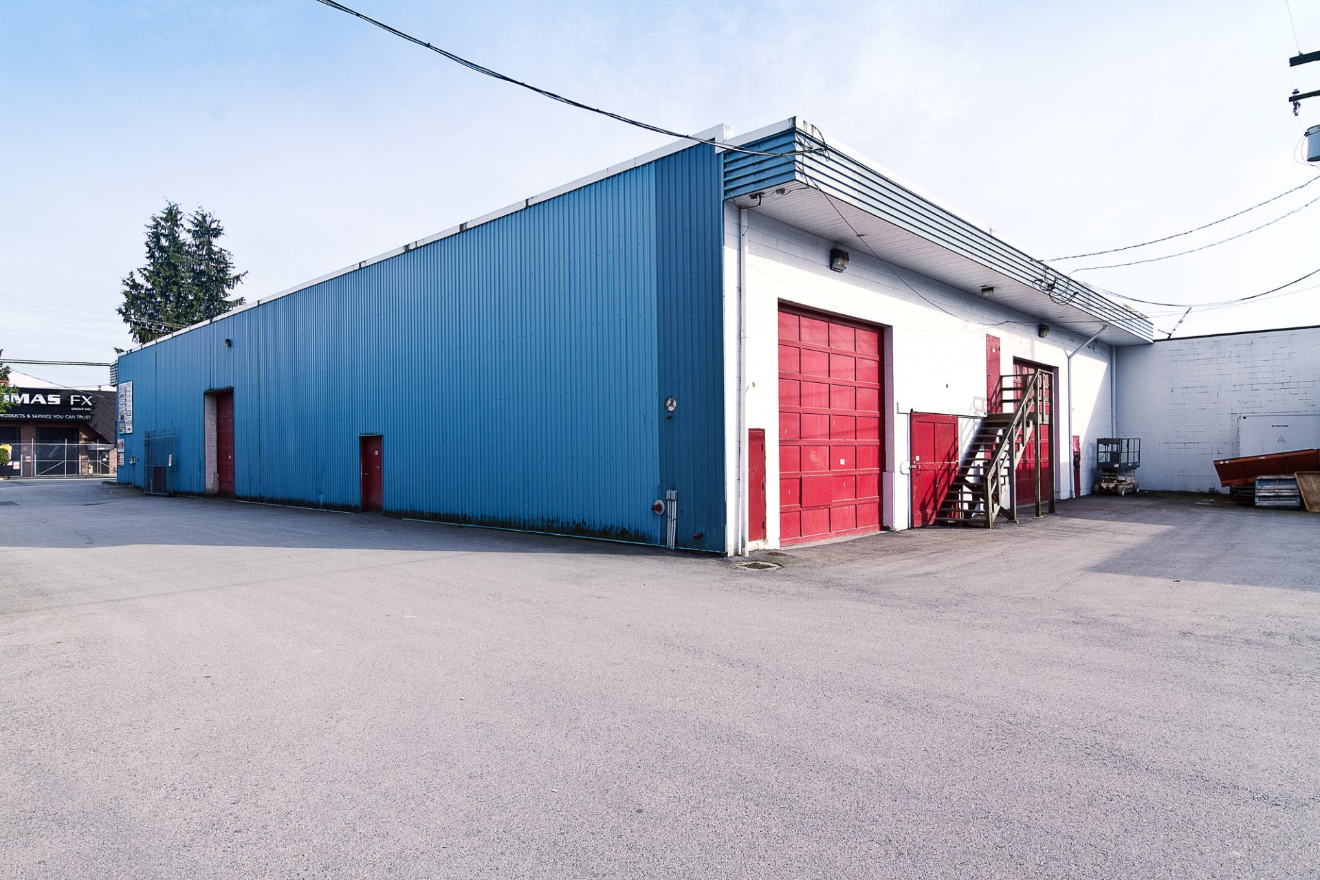 storage north vancouver, north shore mini storage, building, doors, contact us